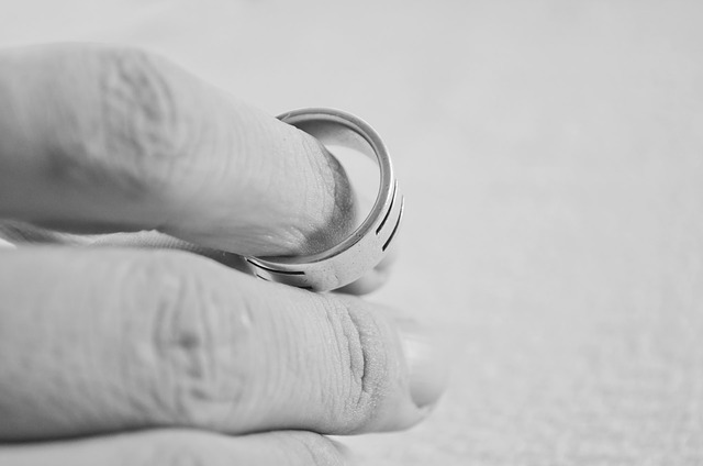 What is the Difference Between Legal Separation & Divorce?